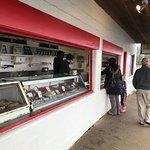 Foto de Barnacle Bill's Seafood Market
