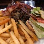 Foto de Godfather's Burger Lounge