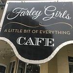 Foto de Farley Girls Cafe
