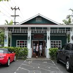 Kalapawai Cafe is a freestanding building with plenty of parking.