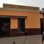 Foto de Antigua Taberna Queirolo
