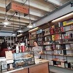 ภาพถ่ายของ หนัง(สือ) 2521 ร้านกาแฟ