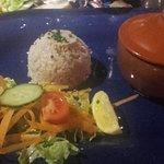 Cocotte Saint-Jaques/gambas accompagnée de risotto et salade