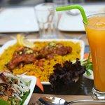 صورة فوتوغرافية لـ Golden Box Restaurant