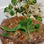 Moerse Lekke Flambèd Sirloin Steak with our special sauce