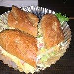 Hot Sandwich Corner & Cheese Shopの写真