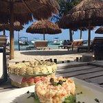 Foto de Yaya Beach Bar and Restaurant