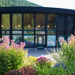 Welcome to the Nakusp Hot Springs