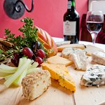 Gourmet Cheeseboard with Home-made Oatcakes