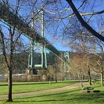 St Johns bridge over Cathedral Park.