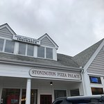 Stonington Pizza Palace resmi