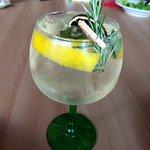 Moony's - Drink Bombay com Gin