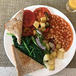 Such a delicious make-shift vegan breakfast!  (The vegetarian breakfasts without the two eggs)