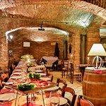 Tradizione e qualità rendono il Carlsbergol ØL uno dei ristoranti e pub più famosi di Milano