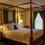 Napoli Guest Room