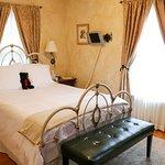 Siena Guest Room