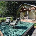 Cabernet Cottage Deck & Gardens