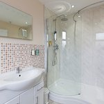 Large Family Room ensuite, with walk-in shower