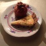 Quiche Lorraine & spicy baked apple breakfast