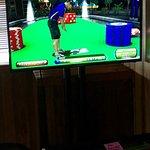 Lucky's Tavern Power Putt video game
