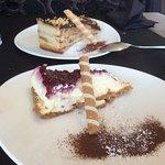 Tarta de la abuela y tarta de frambuesa.