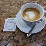 Un caffè macchiatone