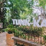 Tunk-Ka Cafe resmi