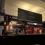 DiningRuhm Wartezone Bar