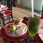 refrescante limonada con hierbabuena