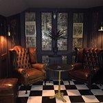 Madison's Lounge