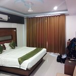 Treebo Tryst Palmyra Grand Suite Picture