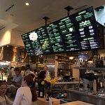 Foto de Greenleaf Gourmet Chopshop
