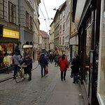 Sporgasse Graz , voller Touristen.