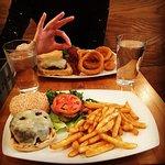 Foto de Island Burgers and Shakes