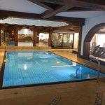 Pool, mehrheitlich von Kindern genutzt
