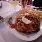 Wiener Schnitzel mit Pommes