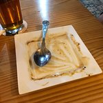 Apple crumple and what was the sticky toffee pudding! Both super delicious.