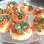 Cherry tomatoes and basil pastry