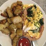 Classic Eggs Benedict: so delicious!
