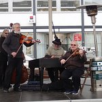 Folk music performed at the Easter market - what a pleasure