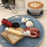 Zdjęcie Cafe Hibiscus