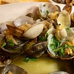clams with garlic