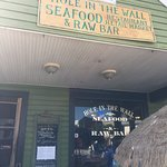 Hole In The Wall Seafood Foto