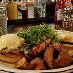 Eggs Benedict with Brisket Beef