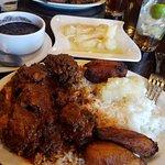 Rabo encendido, white rice, black beans, sweet plantains