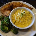 Fried Chicken with Mac&Cheese