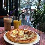 迷迭香披萨店の写真