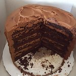 6 layer chocolate cake