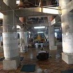 Место для медитаций. Внутри Будда не кажется таким большим:)