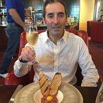 Steak tartare and champagne